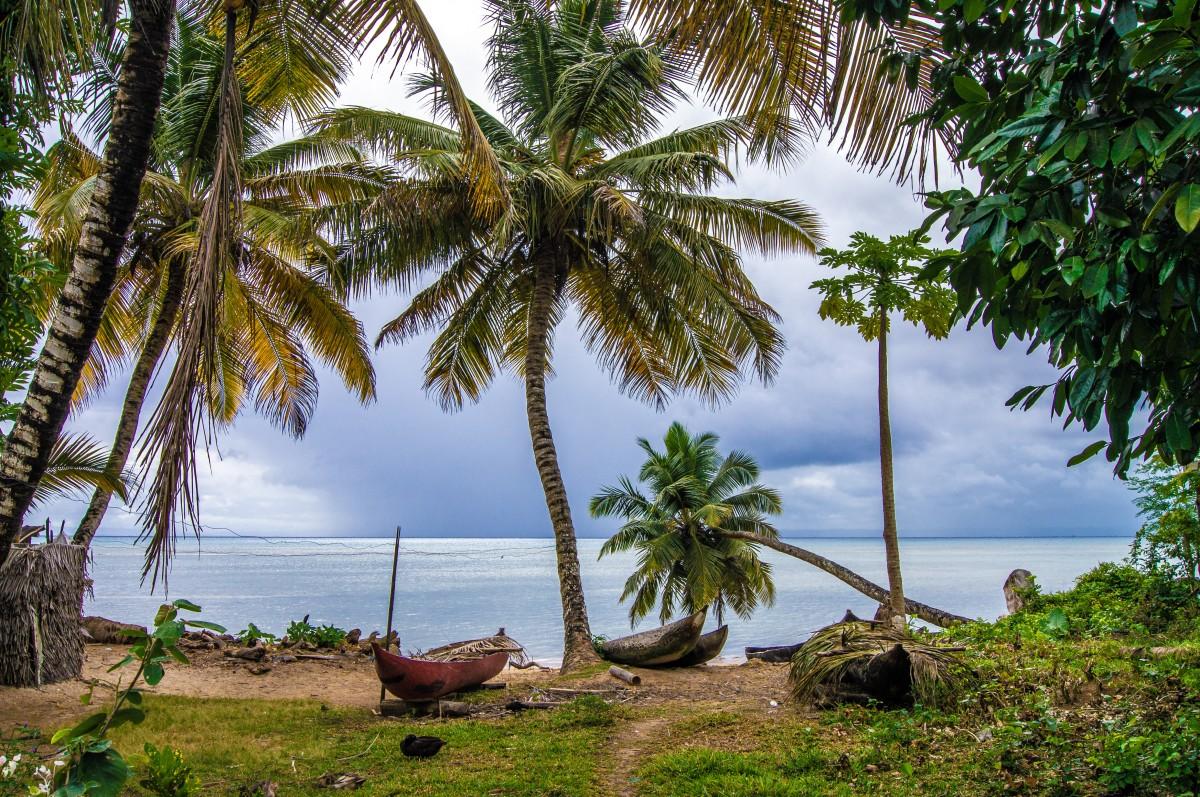 Zdjęcia: Ambodifotora, Ste Marie, Na brzegu, MADAGASKAR