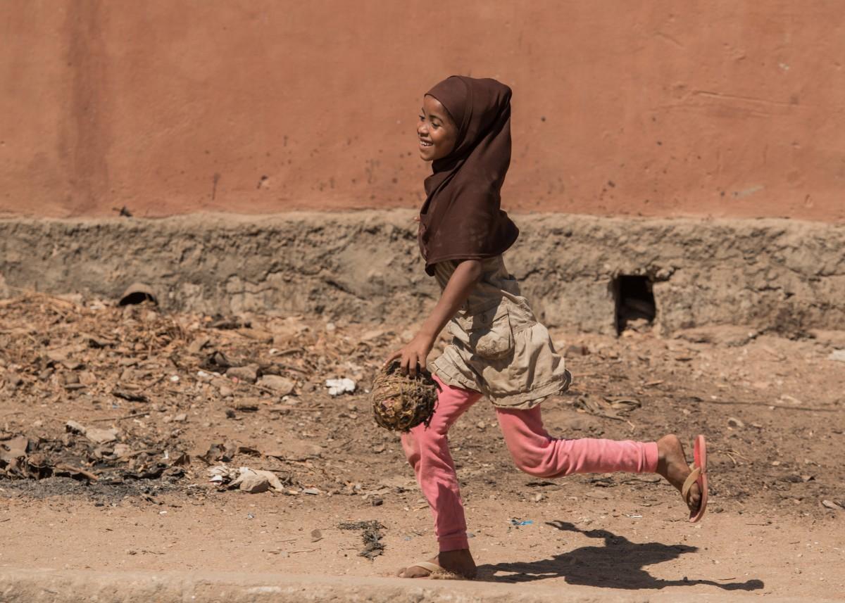 Zdjęcia: Belo sur Tsiribihina,, Zachodni, Feministyczne ... haratanie w gałę ;-), MADAGASKAR