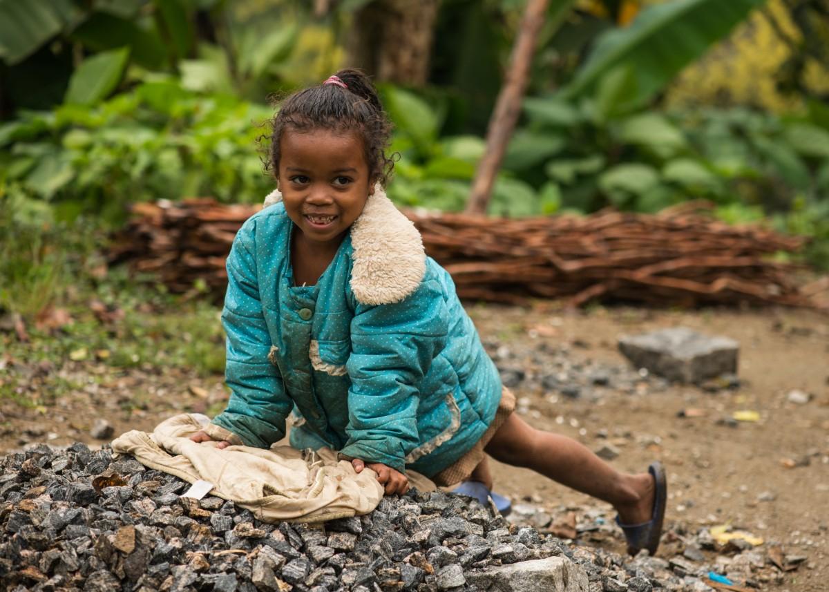 Zdjęcia: Ranomafana, Wschodni, I choćbyś była na kolanach ... 😁, MADAGASKAR