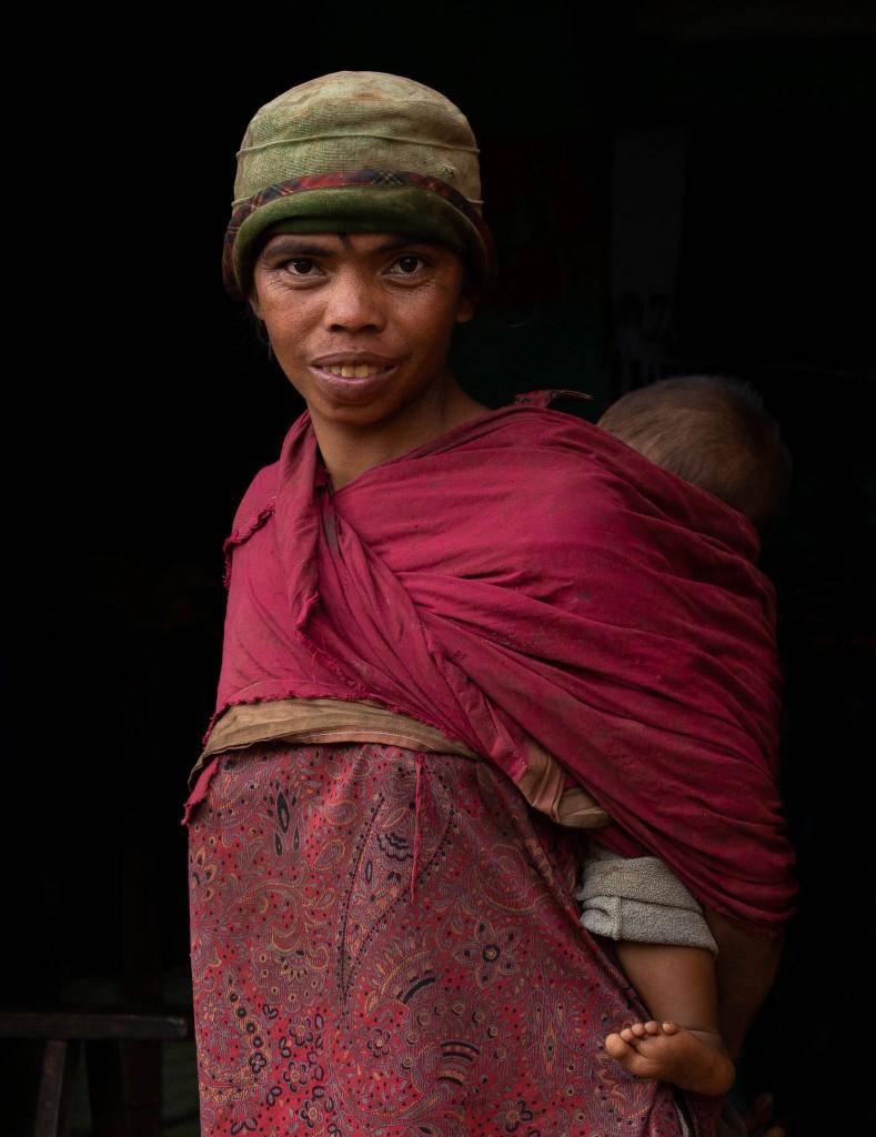 Zdjęcia: Betafo, Betafo, Kobieta z dzieckiem, MADAGASKAR