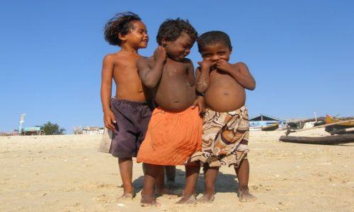 MADAGASKAR / - / Tulear / Czerwona wyspa