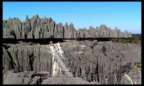 MADAGASKAR / Mahajanga / Tsingy of Bemaraha National Park / Tsingy1