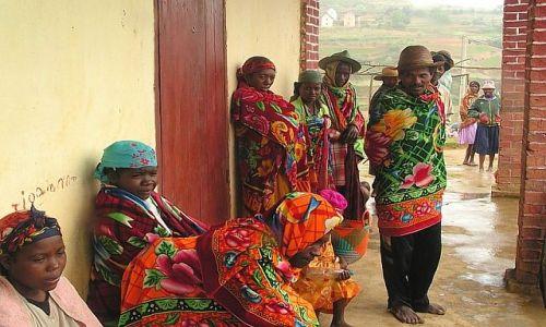 Zdjecie MADAGASKAR / Fianarantsoa / Alak-Ambohimaha / Deszczowy dzień 2