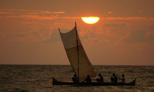 Zdjecie MADAGASKAR / Nosy Be / plaża / zachody