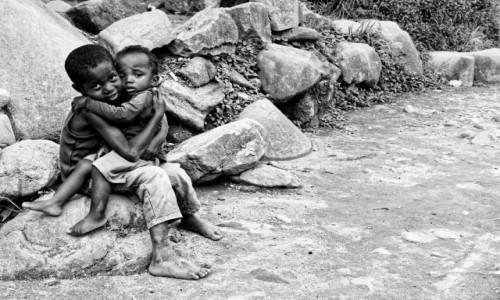 Zdjecie MADAGASKAR / Ranomafana / Ranomafana / Dzieciaki