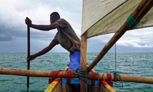 Zdjęcie MADAGASKAR / IFATY / IFATY / ..... pod wiatr !!! ....