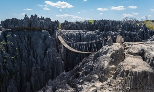 MADAGASKAR / Bekopaka / Grand Tsingy de Bemaraha / iglice...