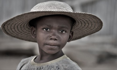 Zdjęcie MADAGASKAR / Zachodni / Bekopaka / Visages de Madagascar 6