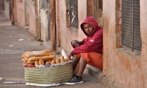 Zdjecie MADAGASKAR / Centralny / Antsirabe / Visages de Madagascar 16