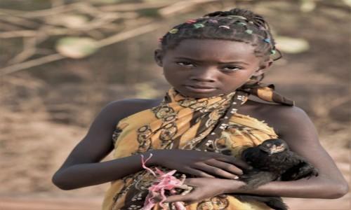 MADAGASKAR / Zachodni / Avenue des Baobabs / Etno ... wiedźma ;-)