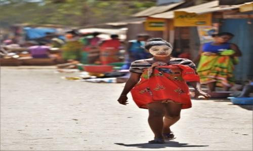 MADAGASKAR / Zachodni / Belo sur Tsiribihina, /