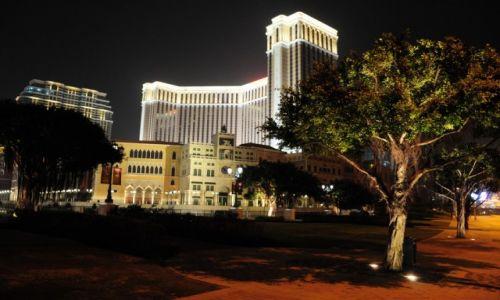 Zdjęcie MAKAO / Macau / Centrum / Macau by night