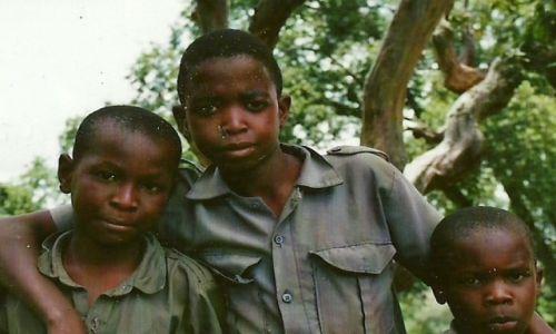 Zdjecie MALAWI / Płd. Malawi / Blantyre / Dzieciaki