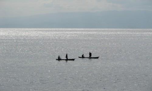 Zdjecie MALAWI / - / jezioro MALAWI / na jeziorze