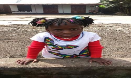 Zdjecie MALAWI / - / wioska No Name / portret przy drodze