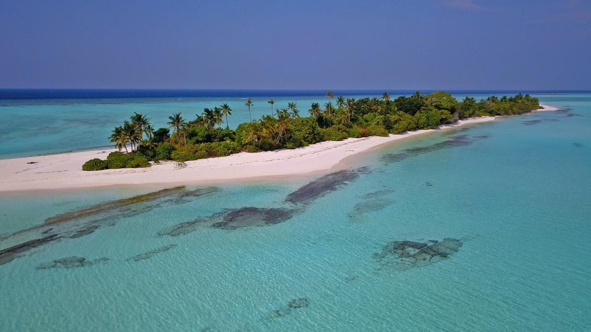 Zdjęcia: Innafushi, Atol Baa, Bezludna wyspa, MALEDIWY
