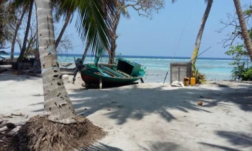 Zdjęcie MALEDIWY / Baa Atol / Fullhadhoo Island / Warsztat naprawczy