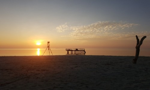 Zdjecie MALEDIWY / Ocean Indyjski / Himandhoo / Zachód słońca