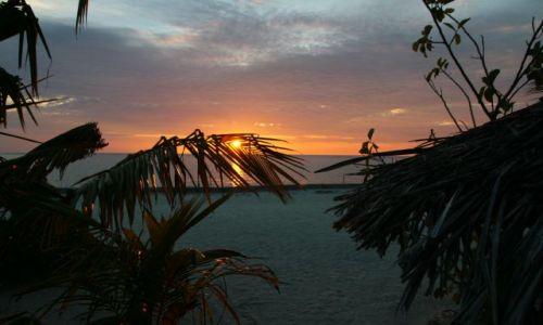 Zdjęcie MALEDIWY / North Atol / Summer Island Resort / Zakonczenie pieknego dnia