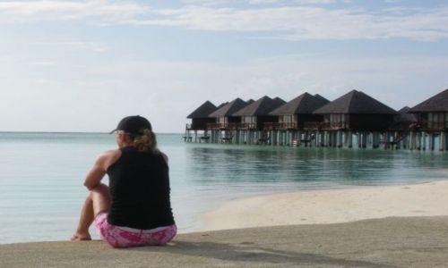 Zdjecie MALEDIWY / brak / Olhuveli Island / Cisza i pustka dookoła