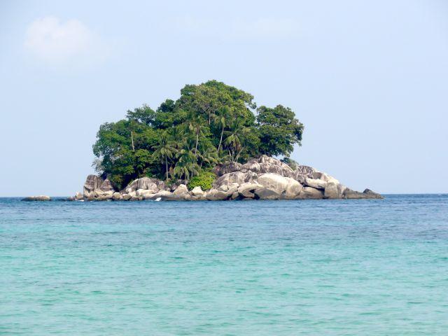 Zdjęcia: północne wybrzeże wyspy, Tioman, wysepka, MALEZJA