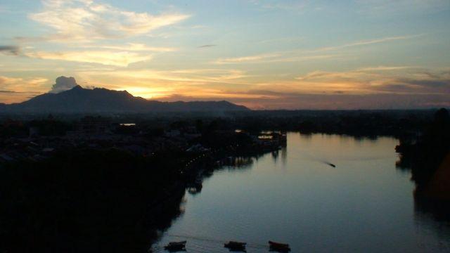 Zdjęcia: Kuching, Borneo, Nad rzeką, MALEZJA