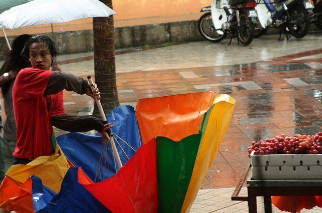 Zdjęcia: Kuala Lumpur, Panika w deszczu, MALEZJA