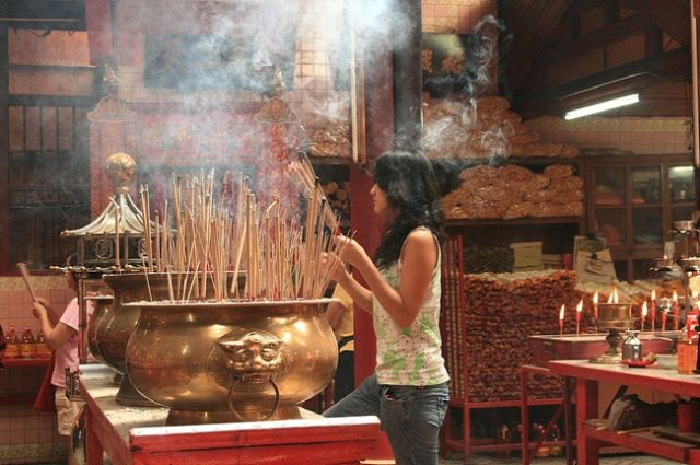 Zdjęcia: Kuala Lumpur, Nowy Rok w świątyni taoistycznej, MALEZJA