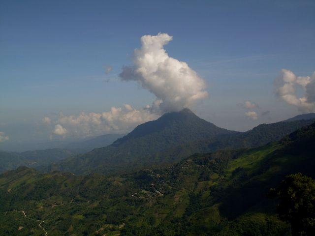 Zdjęcia: Borneo-Mt. Kinabalu i okolice..., Sabah, ...młodszy braciszek Mt. Kinabalu ..., MALEZJA