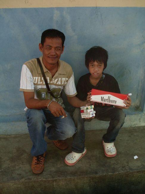 Zdjęcia: Borneo-Sandakan, Sabah, ... rodzinny biznes 1 ...., MALEZJA