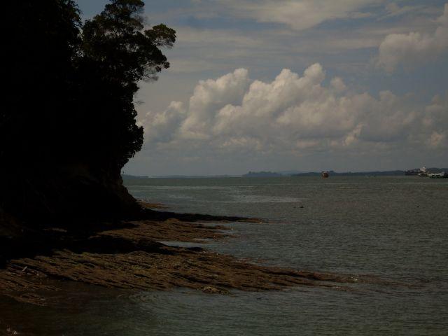 Zdjęcia: Borneo-w drodze na Berhalę, Sabah, ... Berhala z boku..., MALEZJA