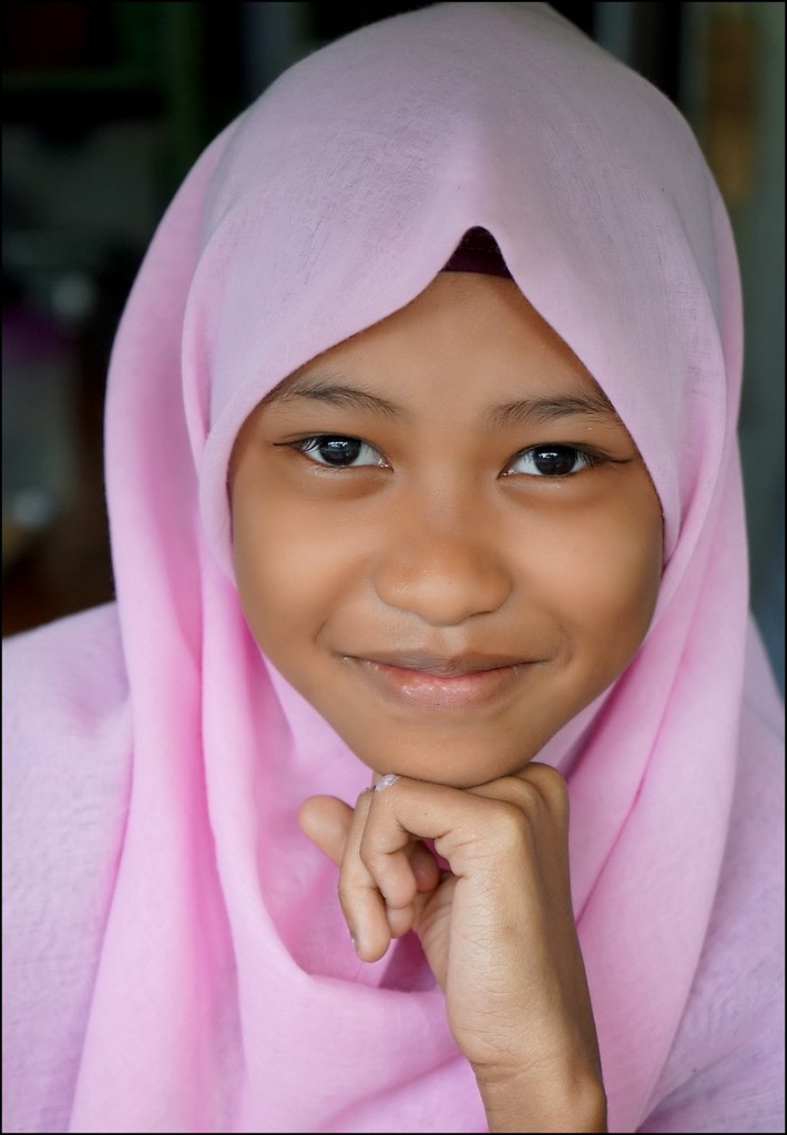Zdjęcia: Sepilok, Borneo, Dziewczynka z Sepilok, MALEZJA