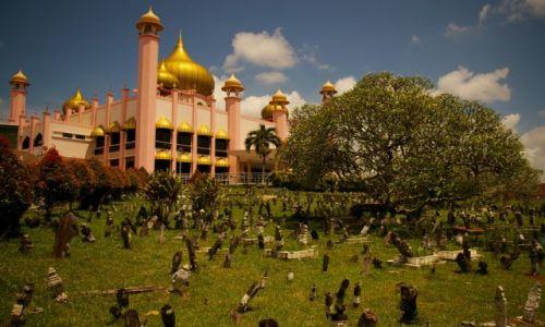 Zdjęcie MALEZJA / Borneo, Sarawak / Kuching / Cmętarz