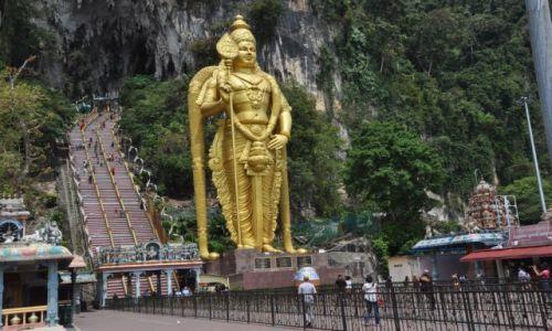MALEZJA / Kuala Lumpur / Batu Caves / Posąg Pana Murugi (Lord Subramaniam)