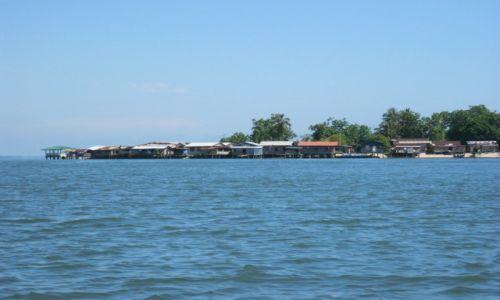 Zdjęcie MALEZJA / Borneo / Ocean / Wioska na palach