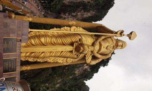 Zdjęcie MALEZJA / Kuala Lampur / Jaskinia Batu  / Na złoto