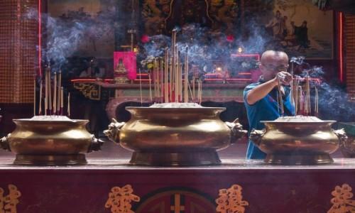 Zdjęcie MALEZJA / Kuala Lumpur / Chinatown / W chińskiej świątyni