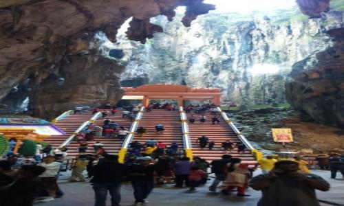 Zdjecie MALEZJA / - / Kuala Lumpur / wewnątrz Cave Temple