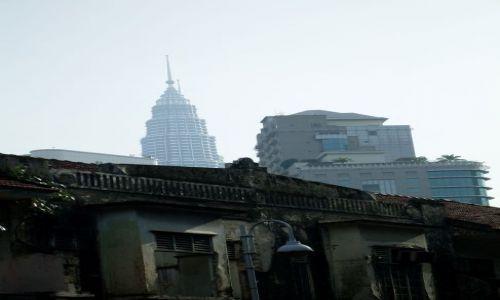 MALEZJA / Kuala Lumpur / Kuala Lumpur / ... trzy pokolenia...