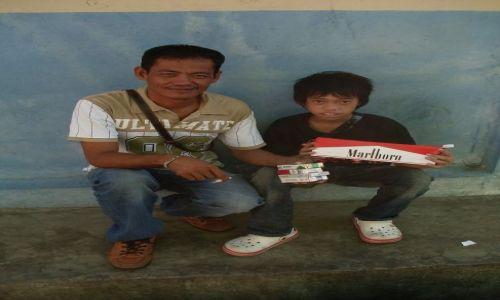 Zdjęcie MALEZJA / Sabah / Borneo-Sandakan / ... rodzinny biznes 1 ....