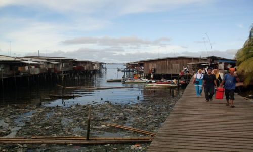 Zdjęcie MALEZJA / Sabah / Borneo-Semporna / ... Semporna na palach....