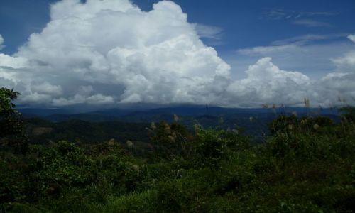 Zdjęcie MALEZJA / Sabah / Borneo-Croker Range / ... na granicy ...