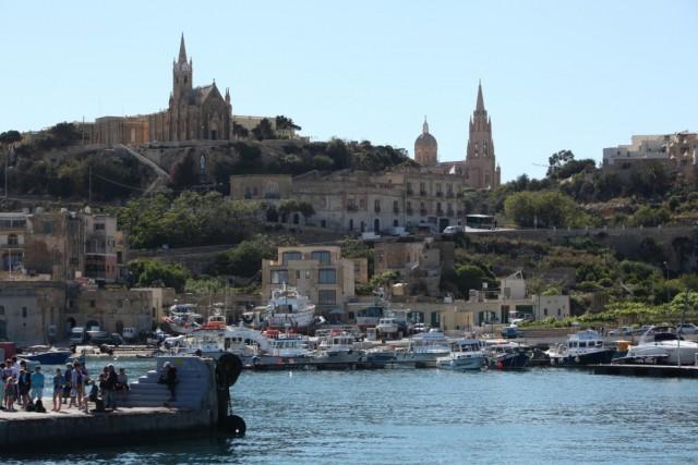 Zdjęcia: Ghajnsielem, Gozo, Widok z portu, MALTA