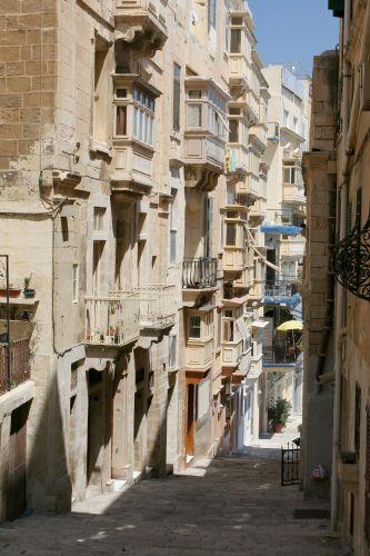 Zdj�cia: Valetta, Malta, Battery Street, MALTA