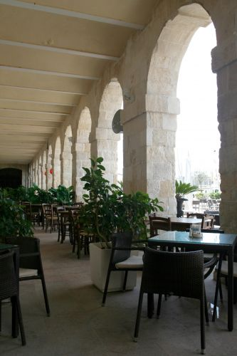 Zdjęcia: Vittoriosa, Malta, Czas na kawę, MALTA