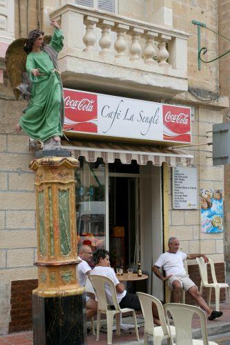 Zdjęcia: Senglea, Malta, Piwko pod Aniołem, MALTA
