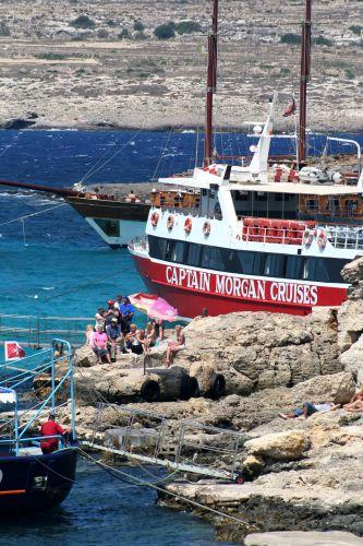 Zdjęcia: Wyspa Comino, Comino, Łódki dla turystów, MALTA