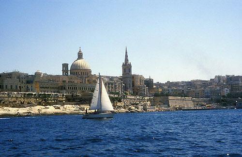 Zdjęcia: Valletta, Valletta - widok z zatoki Marsamxett, MALTA