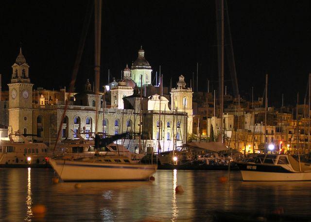 Zdj�cia: sanglea, trzy miasta, nocny port 2, MALTA