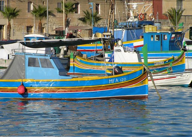 Zdjęcia: Marsaxlokk, malta, kolory luzzu, MALTA